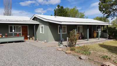 Espanola Single Family Home For Sale: 31 Shady Lane
