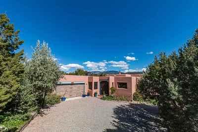 Santa Fe Condo/Townhouse For Sale: 391 Calle Colina