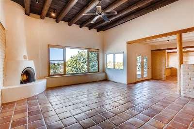 Santa Fe Single Family Home For Sale: 4 Herrada Place