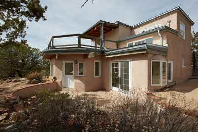 Santa Fe NM Single Family Home For Sale: $415,000