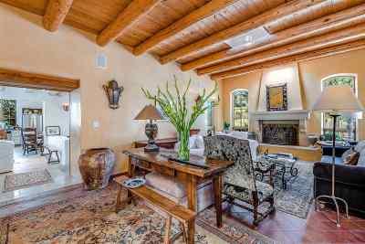 Single Family Home For Sale: 1290 Lejano Lane