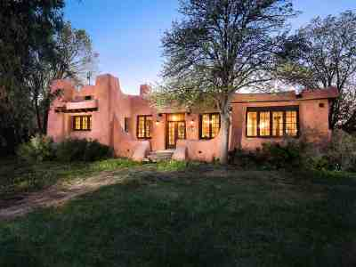 Santa Fe Single Family Home For Sale: 334 Garcia