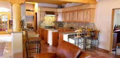 Santa Fe Single Family Home For Sale: 1468 Cochiti