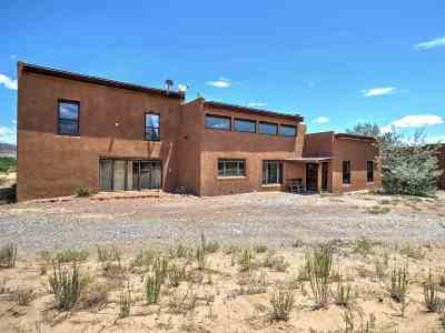 Abiquiu Single Family Home For Sale: 20730 North Us 84