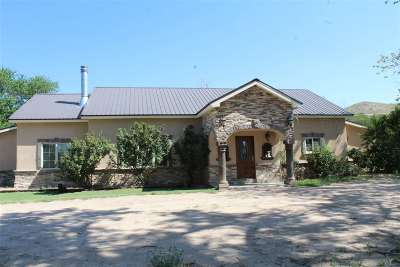 Espanola Single Family Home For Sale: 1755 Nm St Hwy 76