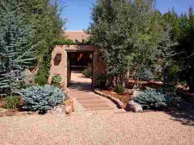Santa Fe Single Family Home For Sale: 2417 Camino Del Oso