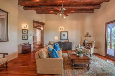 Single Family Home For Sale: 4 Vista Del Mundo