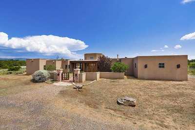 Santa Fe Single Family Home For Sale: 11 B Camino De Los Montoyas