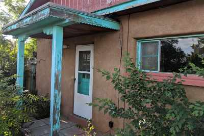Santa Fe Single Family Home For Sale: 902 Lorenzo St