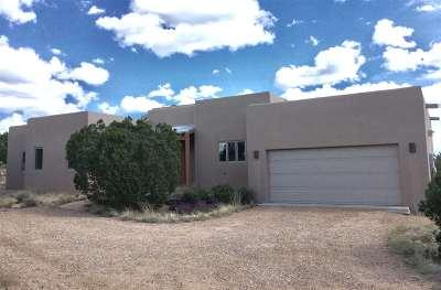 Santa Fe NM Single Family Home For Sale: $599,000
