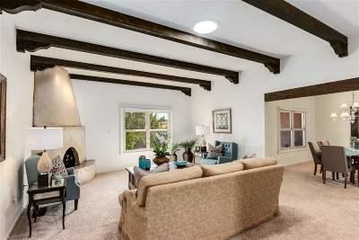 Santa Fe Condo/Townhouse For Sale: 372 Calle Colina