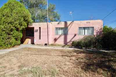 Santa Fe NM Single Family Home For Sale: $150,000