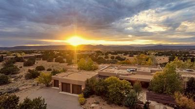 Las Campanas Single Family Home For Sale: 11 Entrada Descanso