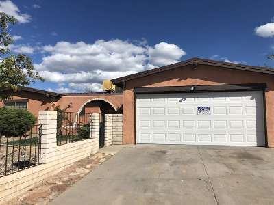Santa Fe Single Family Home For Sale: 2424 Camino Capitan