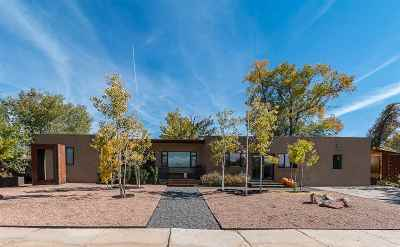Santa Fe Single Family Home For Sale: 1430 Monterey Drive