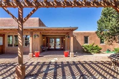 Santa Fe Single Family Home For Sale: 53 Camino Oriente