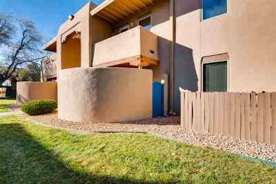Santa Fe Condo/Townhouse For Sale: 601 W San Mateo Road #98