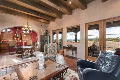 Santa Fe Single Family Home For Sale: One Delantera Court