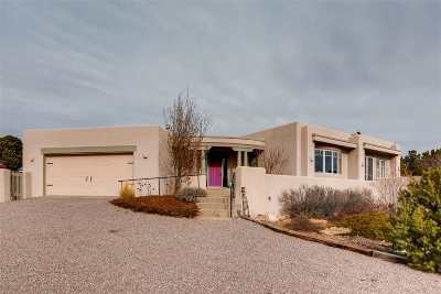 Santa Fe NM Single Family Home For Sale: $675,000