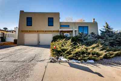Santa Fe Single Family Home For Sale: 2528 Camino Espuela