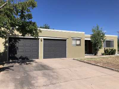 Santa Fe Single Family Home For Sale: 1024 San Lorenzo