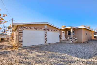 Espanola Single Family Home For Sale: 1006 Calle Loma