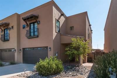 Santa Fe Condo/Townhouse For Sale: 3174 Viale Tresana