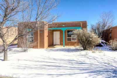 Santa Fe NM Single Family Home For Sale: $229,900