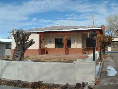 Single Family Home For Sale: 503 W. Pueblo Drive