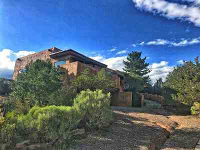 Santa Fe NM Single Family Home For Sale: $739,900