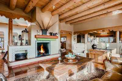 Santa Fe NM Single Family Home For Sale: $895,000