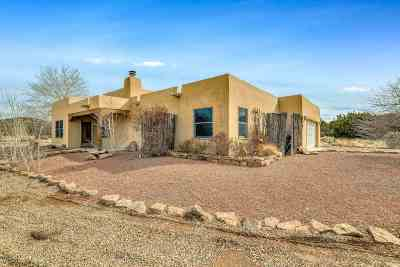 Santa Fe NM Single Family Home For Sale: $399,000
