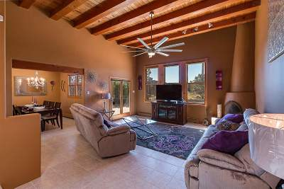 Santa Fe NM Single Family Home For Sale: $349,500