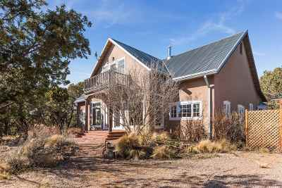 Santa Fe Single Family Home For Sale: 45 Ellis Ranch Rd