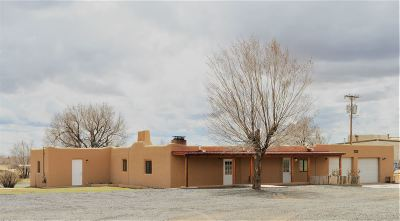 Single Family Home For Sale: 3918 Fields