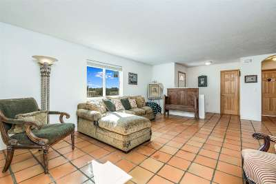 Santa Fe Single Family Home For Sale: 84a Haozous