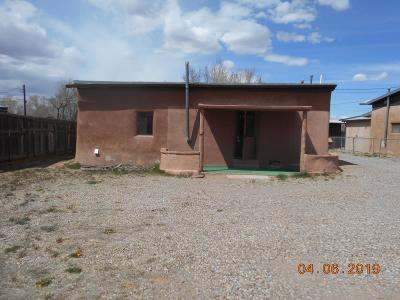 Santa Fe Single Family Home For Sale: 1506 1/2 Agua Fria