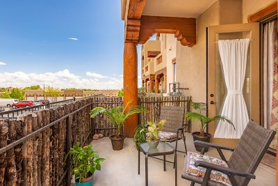 Santa Fe Condo/Townhouse For Sale: 1405 Vegas Verdes Dr #124