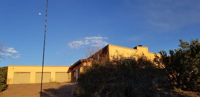 Single Family Home For Sale: 5000 Old Santa Fe Trail