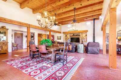 Santa Fe NM Single Family Home For Sale: $725,000