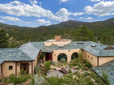 Santa Fe NM Single Family Home For Sale: $2,500,000