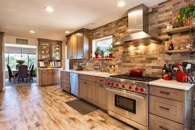 Single Family Home For Sale: 58 Camino Tetzcoco