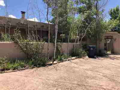 Santa Fe Single Family Home For Sale: 1043 Bishops Lodge