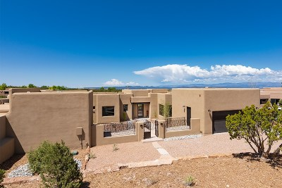 Santa Fe Single Family Home For Sale: 15 Via Diamante