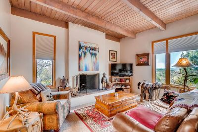 Santa Fe Single Family Home For Sale: 825 Gonzales Road