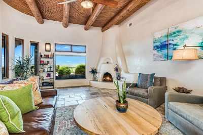Single Family Home For Sale: 2 Plaza Velasquez