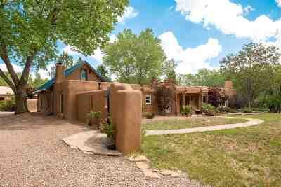 Santa Fe County Single Family Home For Sale: 5614 C Nm 41