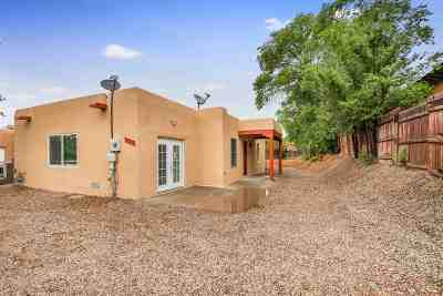 Santa Fe Single Family Home For Sale: 1333 B Maez Road