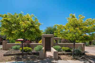 Santa Fe Single Family Home For Sale: 9 Pueblo Drive