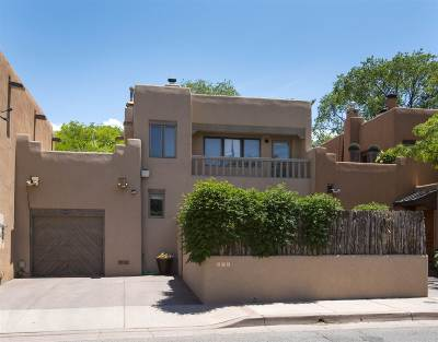 Santa Fe Condo/Townhouse For Sale: 875 E Palace #Unit B